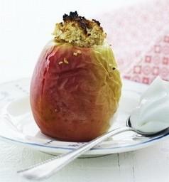 Æble med mandelfyld