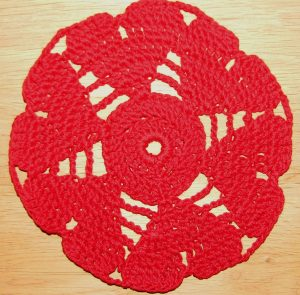 short_hearts_doily