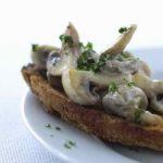Stuvet champignon på toast