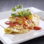 Omelet med grillet ananas og chili/vanillesauce