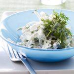 Spidskålssalat med ddv-yoghurt