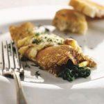 Fyldte pandekager med spinat og ost